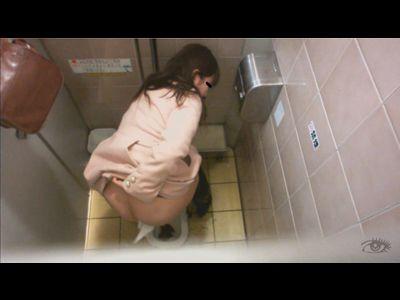 美女トイレ覗き!通勤ラッシュ時のお急ぎウンコ!!